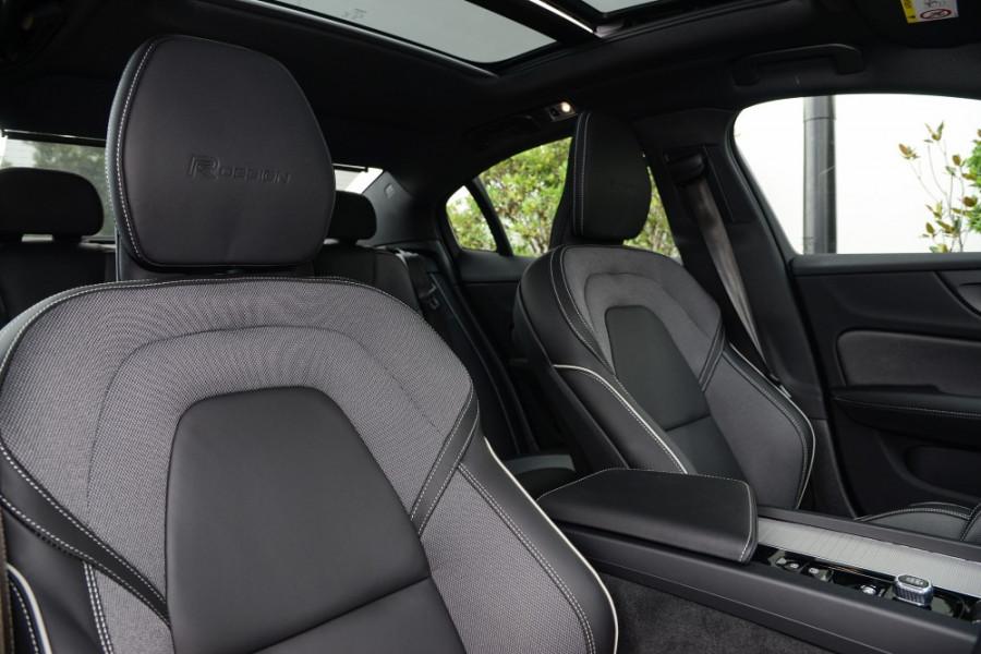 2019 MY20 Volvo S60 Z Series T5 R-Design Sedan Image 8
