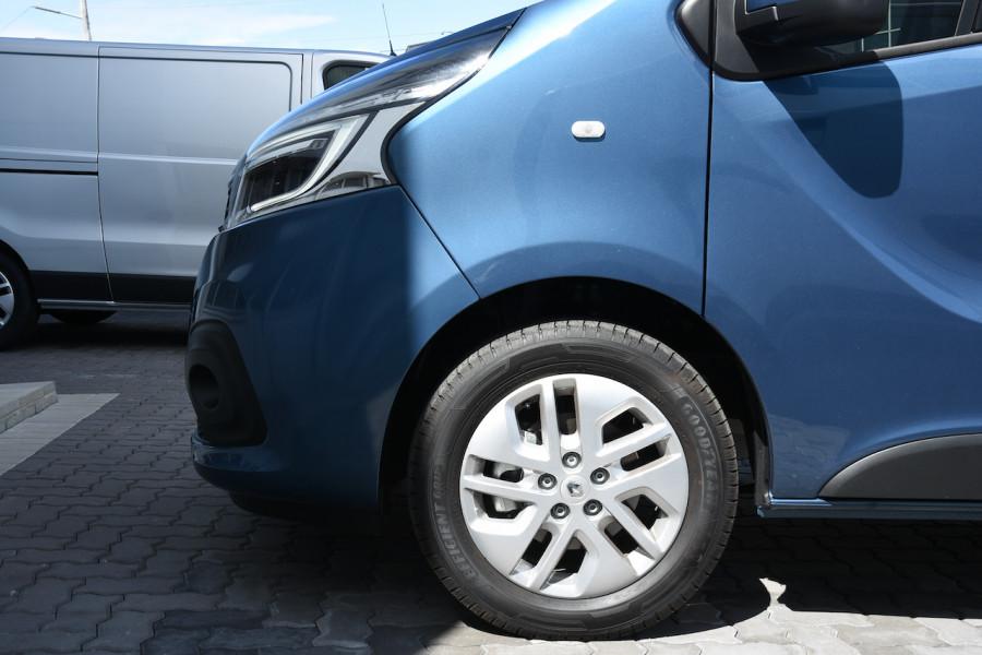 2019 MY20 Renault Trafic L2H1 Long Wheelbase Crew Lifestyle Van Image 5