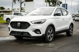 2021 MG ZST S13 Excite Suv image 3