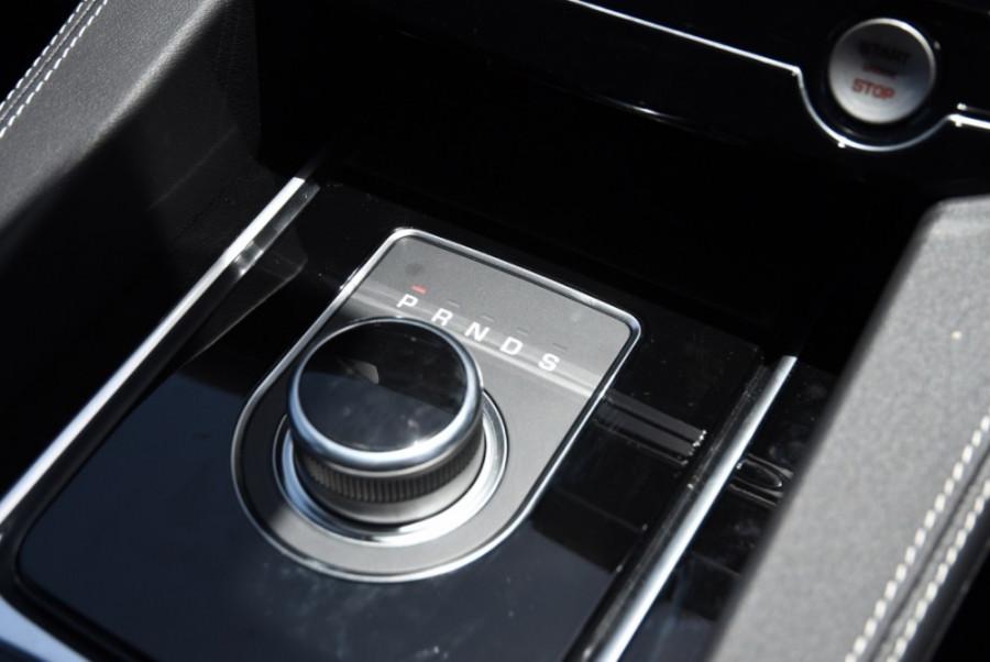 2019 MY20 Jaguar F-PACE X761 R-Sport Suv Image 13