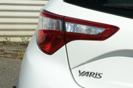 2018 Toyota Yaris NCP130R ASCENT Hatchback image 19