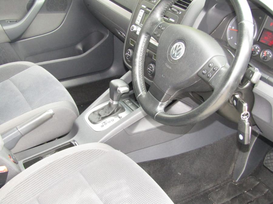 2007 Volkswagen Jetta 1KM  TDI Sedan Image 22