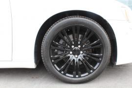 2014 Chrysler 300 LX C Sedan Image 3