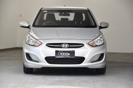 2014 Hyundai Accent RB2 Active Sedan Image 2