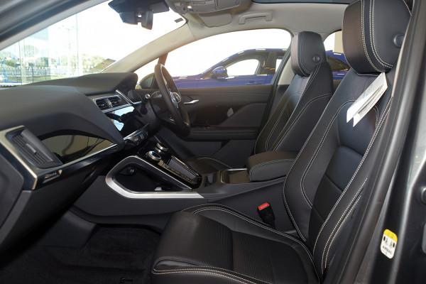 2019 Jaguar I-PACE X590 SE Hatchback Image 3