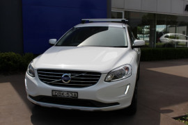 Volvo XC60 D4 Kinetic (No Series) MY15