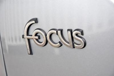 2003 Ford Focus LR MY03 CL Hatchback Image 5