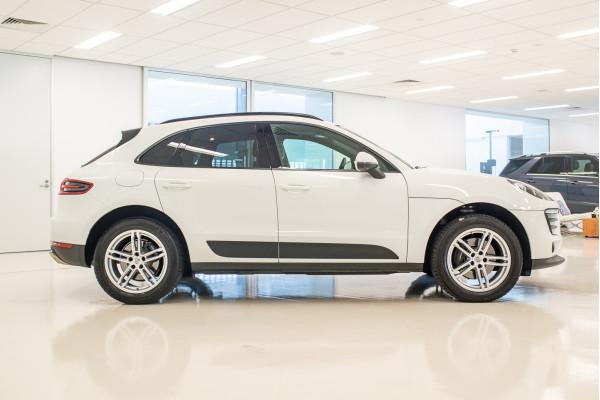 2018 Porsche Macan 95B  Suv Image 3
