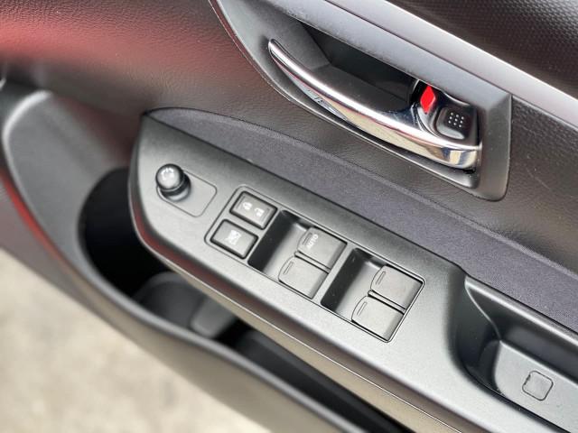 2012 Suzuki Swift FZ GL Hatchback Image 17