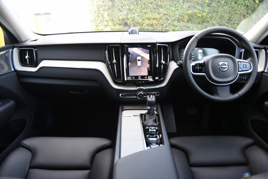 2019 MY20 Volvo XC60 UZ D4 Inscription Suv Image 8
