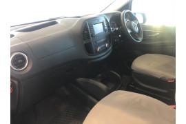2019 Mercedes-Benz Vito 447 119BlueTEC Van Image 4