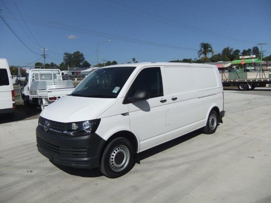 2018 Other Transporter Van Image 1
