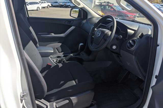 2018 Mazda BT-50 UR 4x2 2.2L Single Cab Chassis XT Other Mobile Image 11