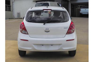 2012 MY13 Hyundai i20 PB Active Hatchback Image 3