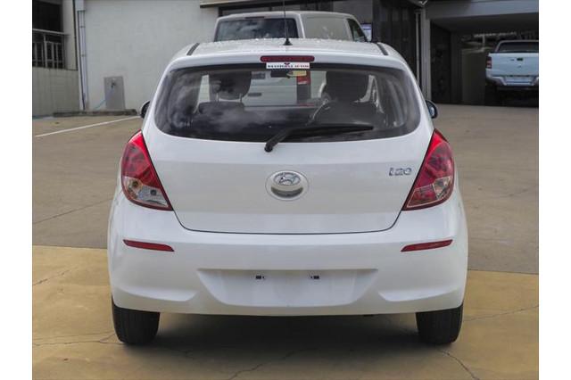 2012 Hyundai I20 PB MY13 Active Hatchback Image 2