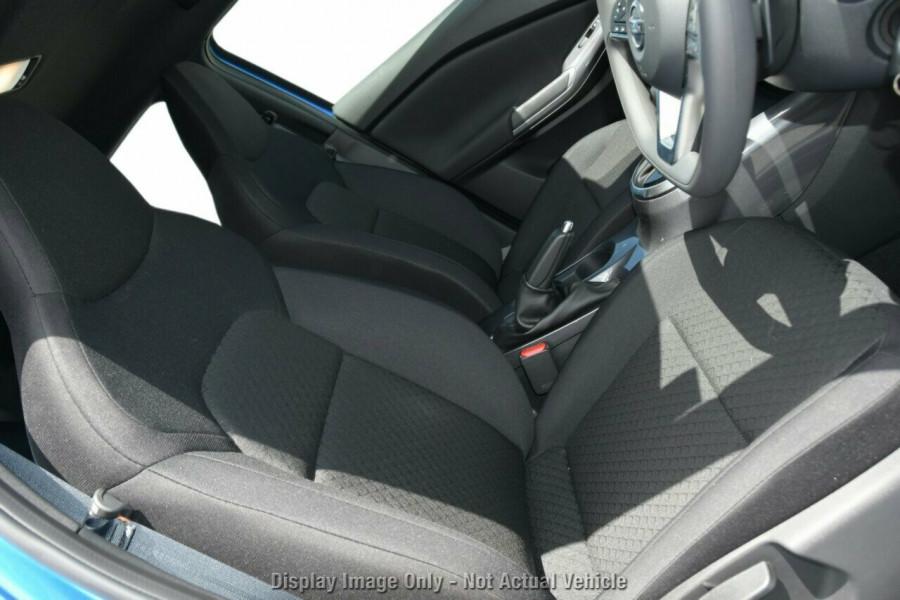 2020 Nissan JUKE F16 ST Plus Hatchback Image 21