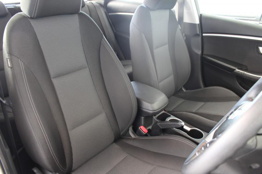 2016 Hyundai I30 GDE3 SERIES II MY16 GDI Wagon Image 8