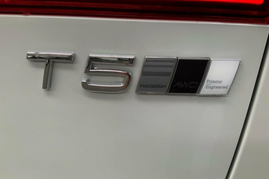 2018 MY19 Volvo XC60 246 MY19 T5 Inscription (AWD) Suv Mobile Image 23