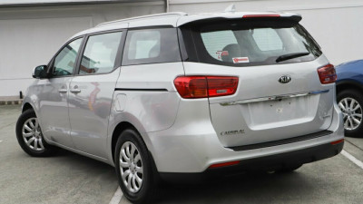 2018 Kia Carnival YP S Wagon Image 2