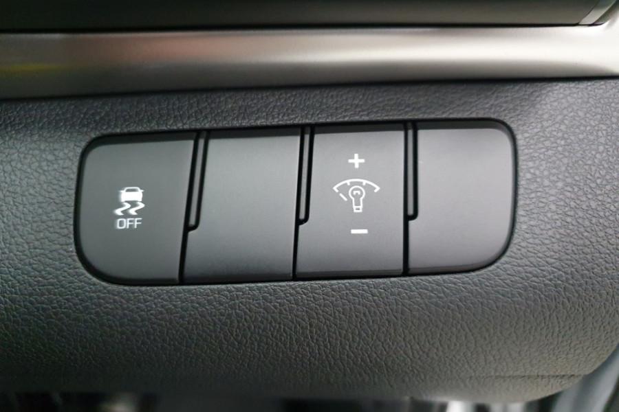 2019 Hyundai Elantra AD.2 Active Sedan Image 13