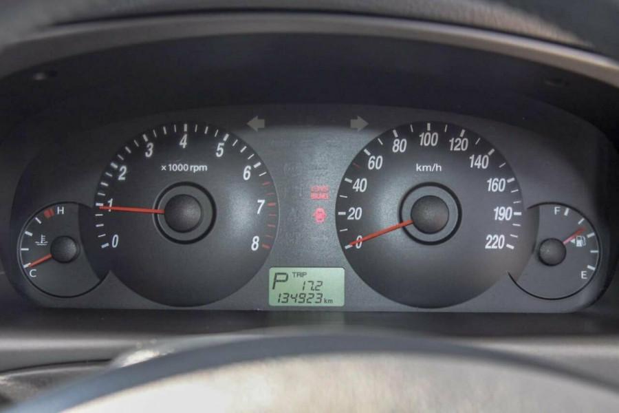 2005 Hyundai Elantra XD 05 Upgrade 2.0 HVT Hatchback Image 13
