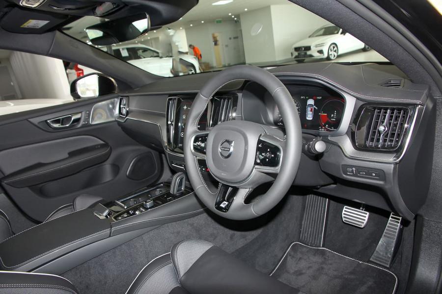 2019 MY20 Volvo S60 Z Series T8 R-Design Sedan Image 8