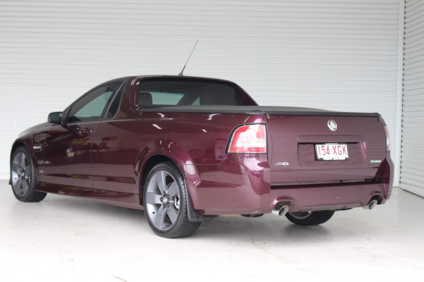 2012 Holden Commodore VE II MY12 SV6 Sedan Image 5