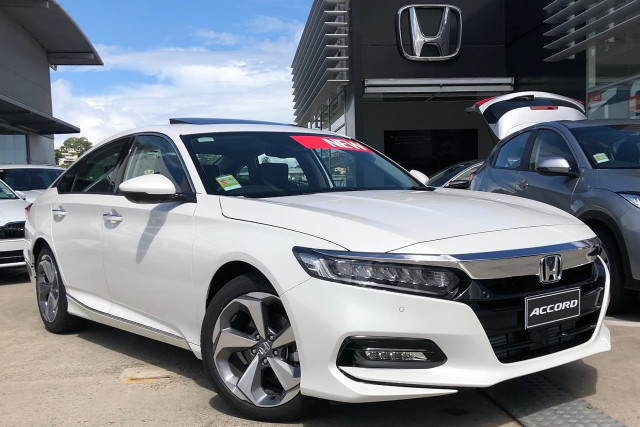 2019 Honda Accord 10th Gen VTI-LX Sedan