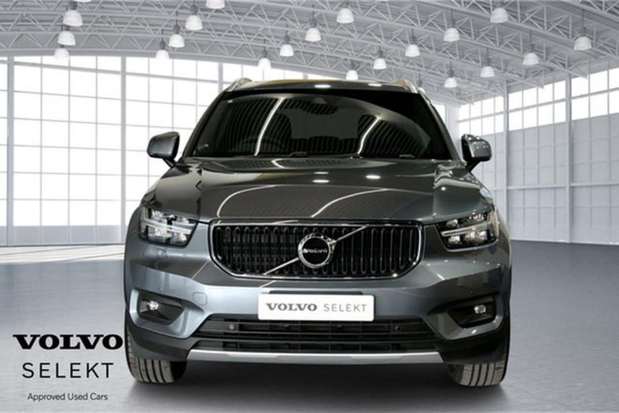 2018 MY19 Volvo XC40 XZ T4 Momentum Suv Mobile Image 3
