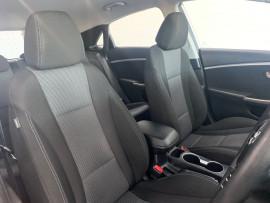 2014 Hyundai I30 GD2 Active Hatchback image 11