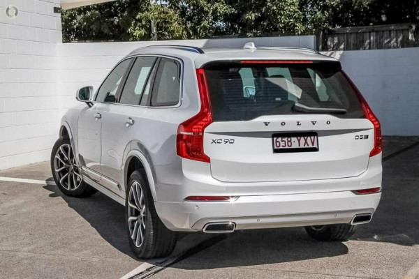 2019 Volvo XC90 L Series D5 Inscription Wagon Image 5