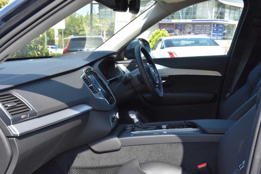 2019 Volvo XC90 L Series D5 Momentum Suv Image 6