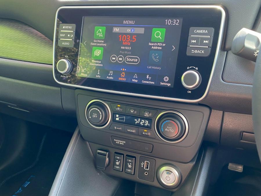 2021 Nissan LEAF ZE1 E Plus Hatchback Image 12