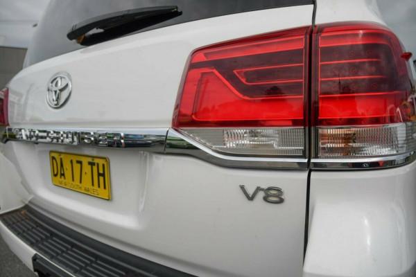 2016 Toyota Landcruiser VDJ200R GXL Suv Image 4
