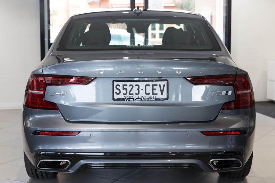 2020 Volvo S60 Z Series T5 R-Design Sedan Image 9