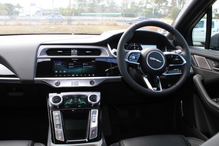 2009 MY20 Jaguar I-PACE X590 SE Hatchback Image 9