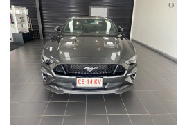 2020 Ford Mustang Image 3