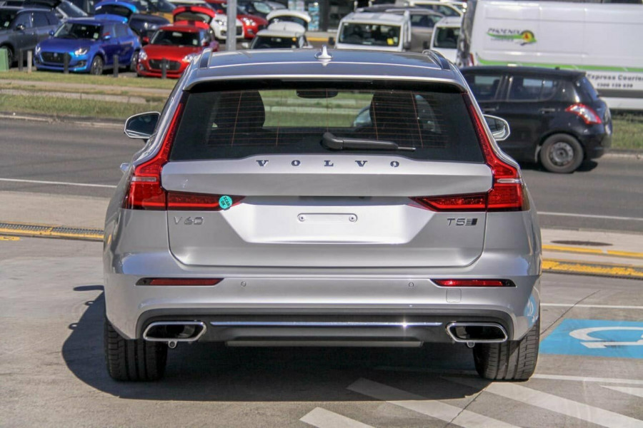 2020 Volvo V60 F-Series T5 Inscription Sedan