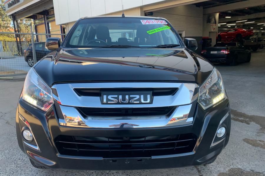 2017 Isuzu UTE D-MAX 4x4 LS-M Crew Cab Ute Dual cab Image 2