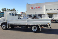 2011 Isuzu NQR 450 Premium Truck