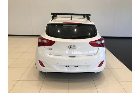 2016 Hyundai i30 GD3 Series II Active Hatchback Image 5