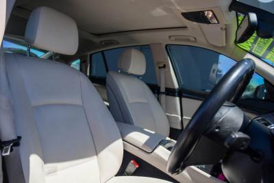 2010 BMW 5 Series F07 MY11 530d Hatchback