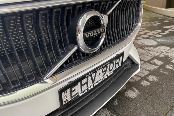 2020 Volvo S60 Z Series T5 Momentum Sedan Image 3