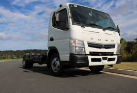 Fuso Canter CAB CHASSIS FREE SERVING + INSTANT ASSET WRITE OFF WIDE CAB 515 MANUAL