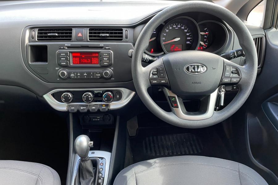2014 Kia Rio UB  S Hatchback Image 10