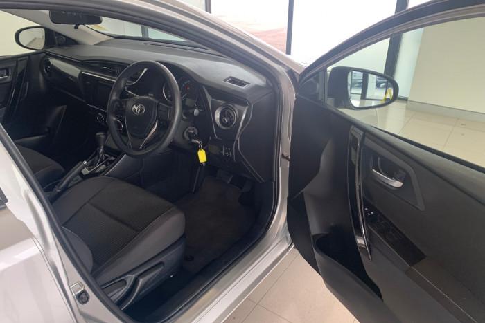 2017 Toyota Corolla ZRE182R Ascent Hatchback Image 15