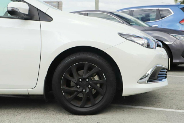 2015 Toyota Corolla ZRE182R Ascent Sport Hatchback Image 6
