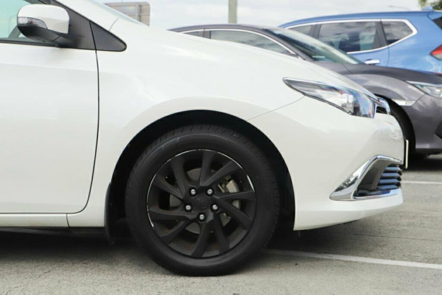 2015 Toyota Corolla ZRE182R Ascent Sport Hatchback Image 6
