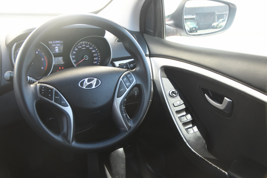 2013 Hyundai I30 GD Active Wagon Image 9