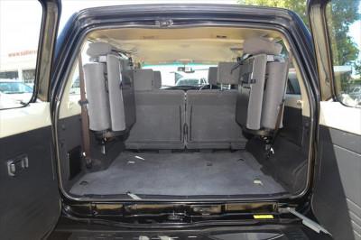 2013 Nissan Patrol Y61 ST Suv Image 4